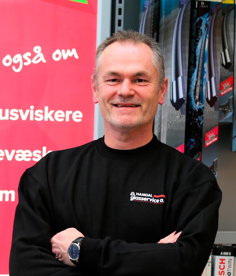 Bjørn Kristian Flak - Namdal GLASSERVICE as · TLF 74 27 16 10 · MOBIL 975 72 582 · POST@NAMDAL-GLASS.NO